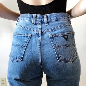 Vintage 90s Guess classic fit 052 mom jeans